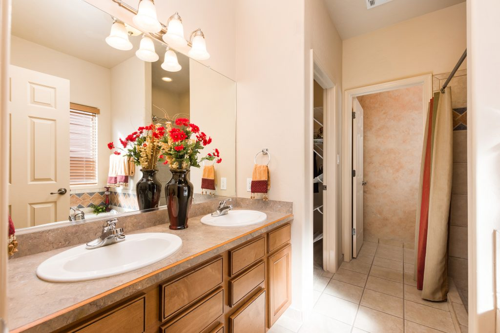 5094 Calle Verde, Las Cruces, NM 88012