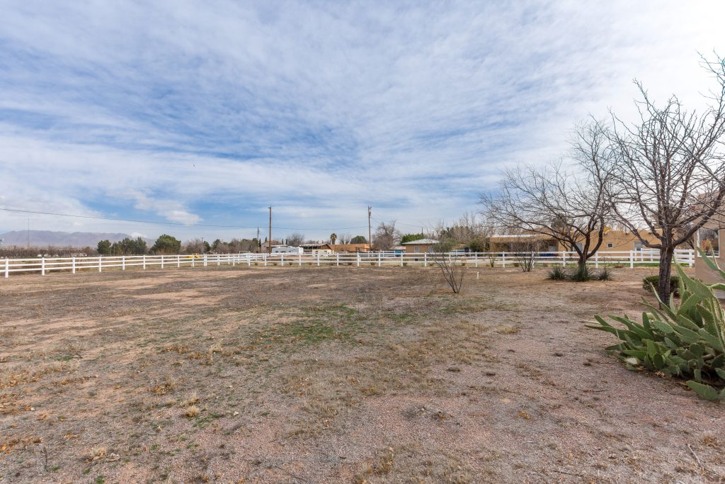 3991 Amistad Drive, Las Cruces, NM