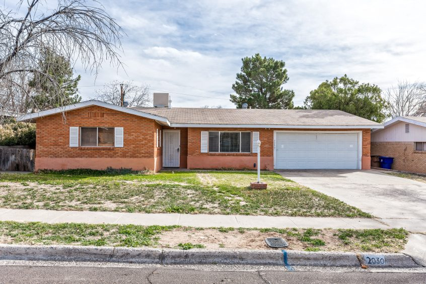 2030 Austin Drive Las Cruces NM 88001