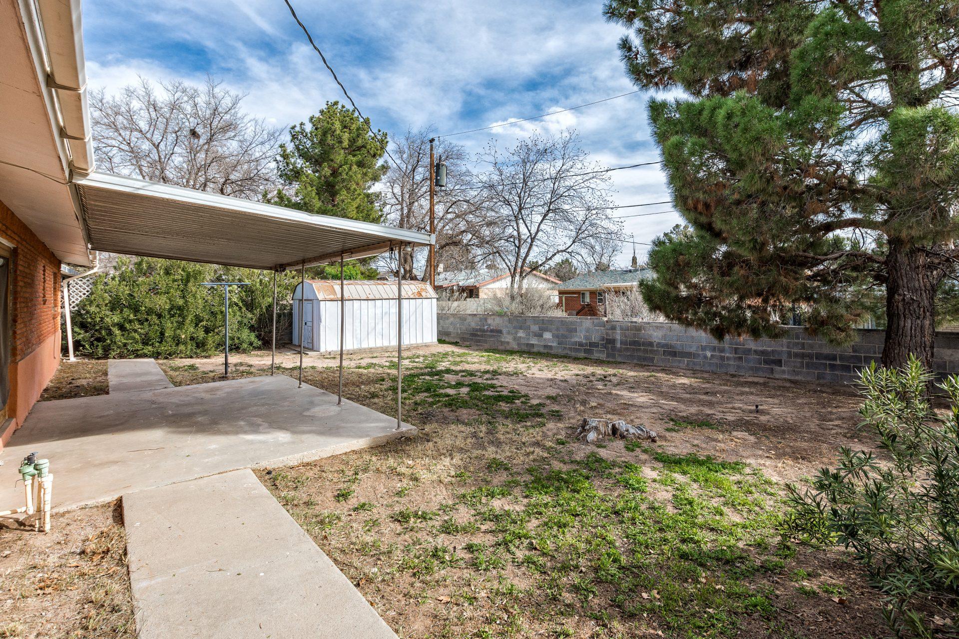 2030 Austin Dr, Las Cruces, NM