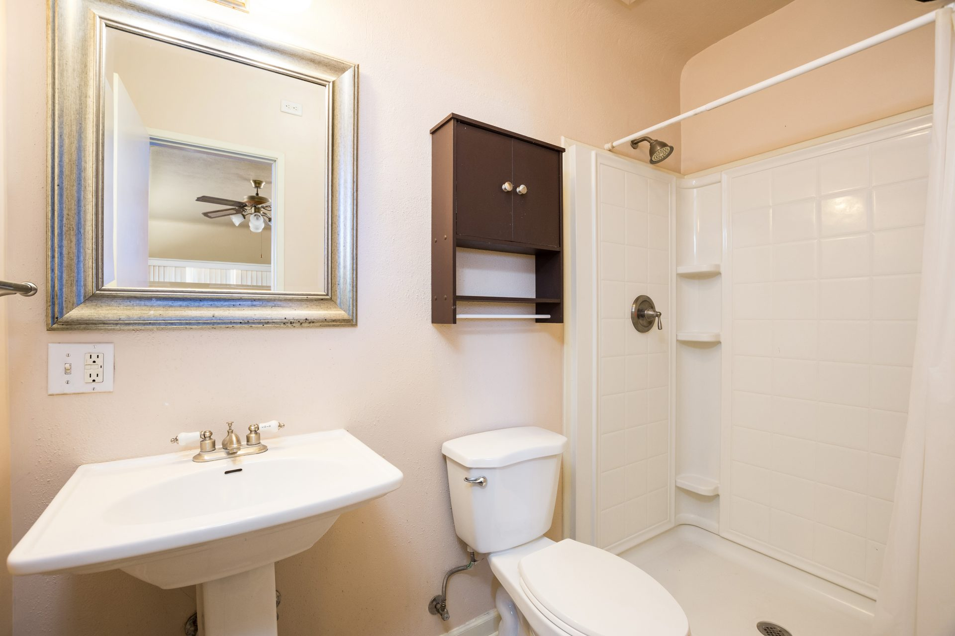 2460 Jordan Bathroom