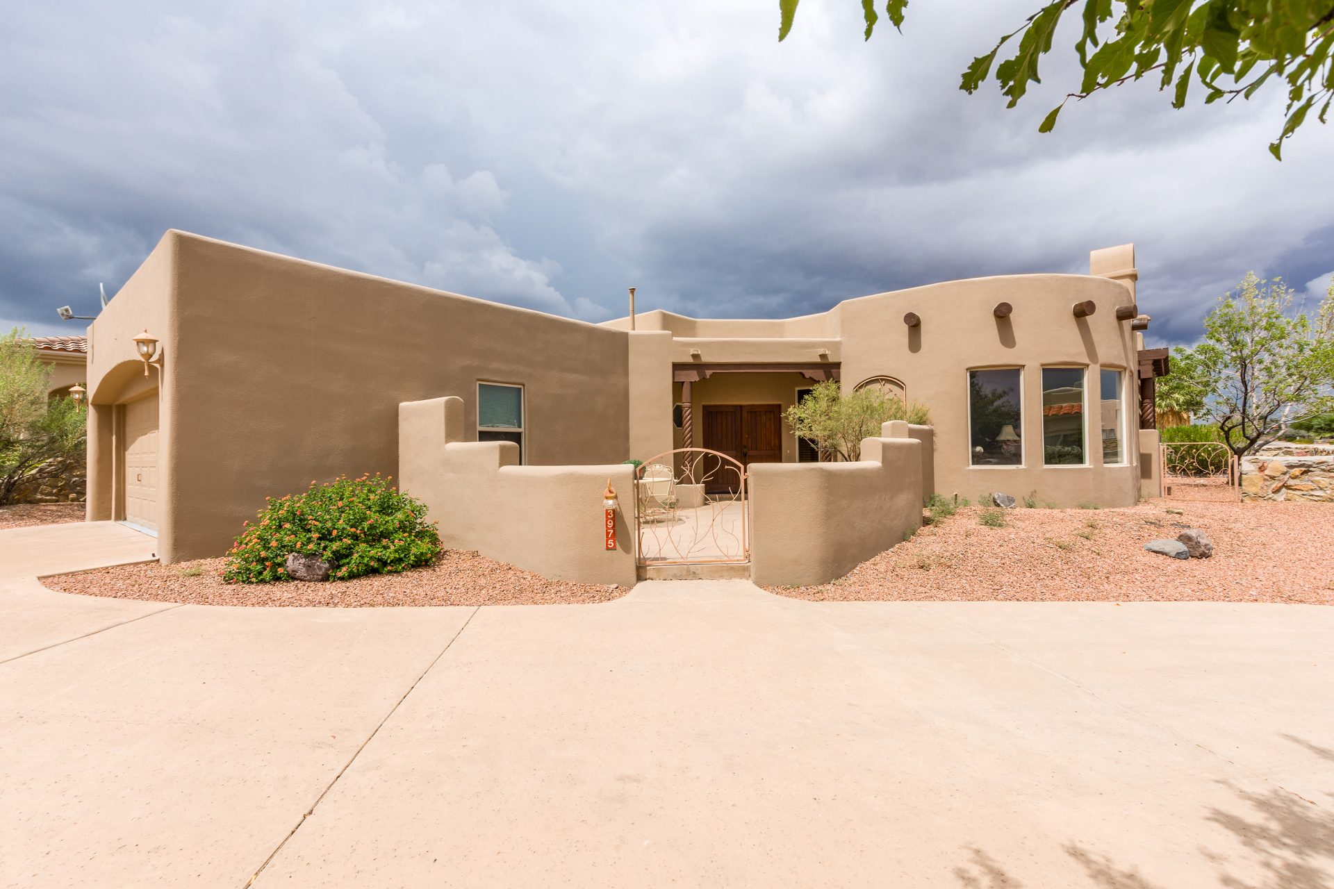 3975 Sun Stone Way, Las Cruces, NM