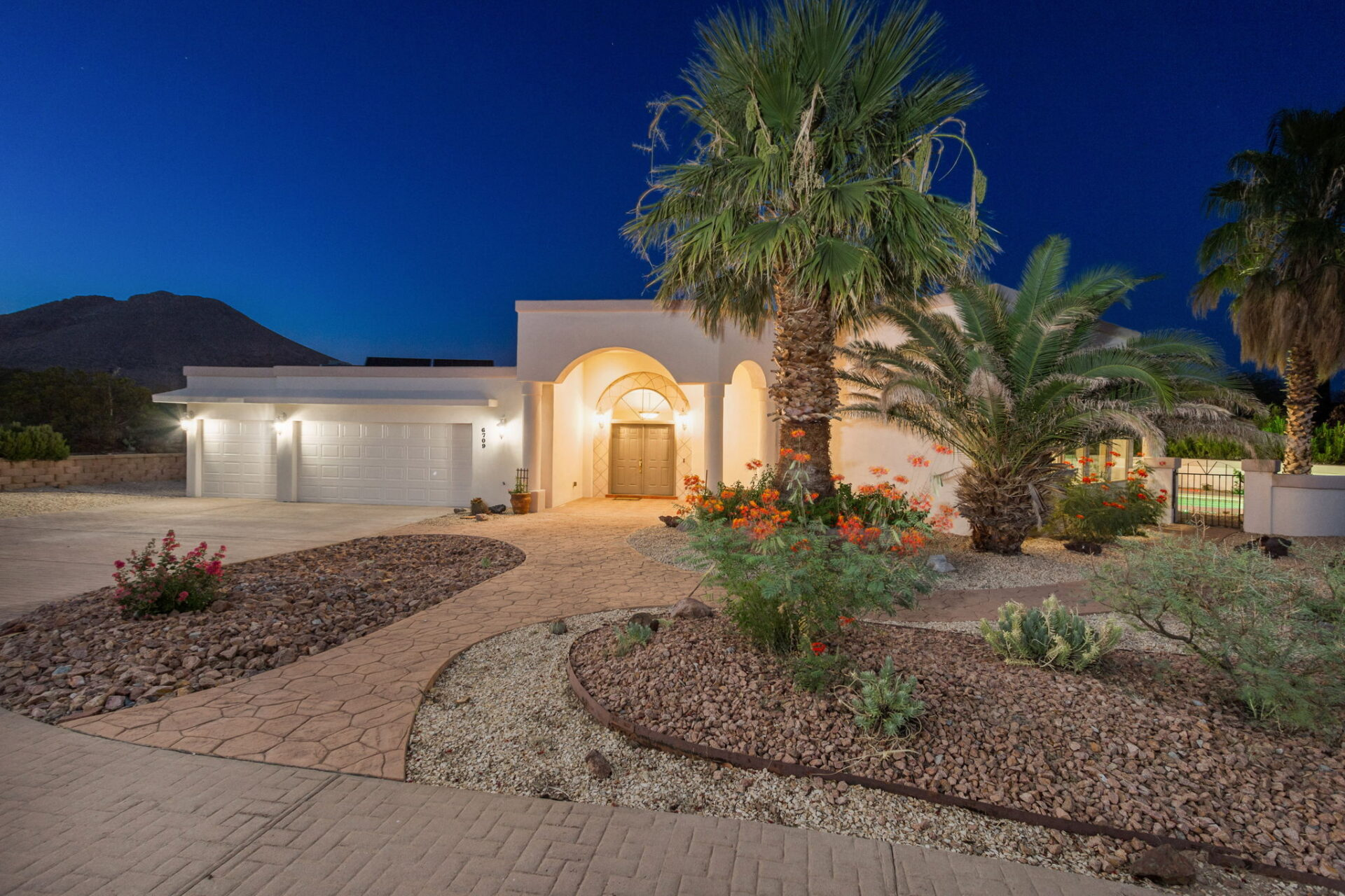 6760 Bright View Las Cruces NM